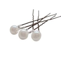 Chez Bec Set of 3 Pearl Hair Pins £18