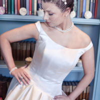 Chez Bec Sophia Birdcage Veil £106, Mimosa Necklace £86, Ivory Elegance Earrings £22 (5)