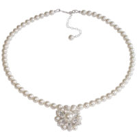 Vanessa Pearl Bridal Pendant