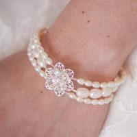 Viola II Pearl Wedding Bracelet