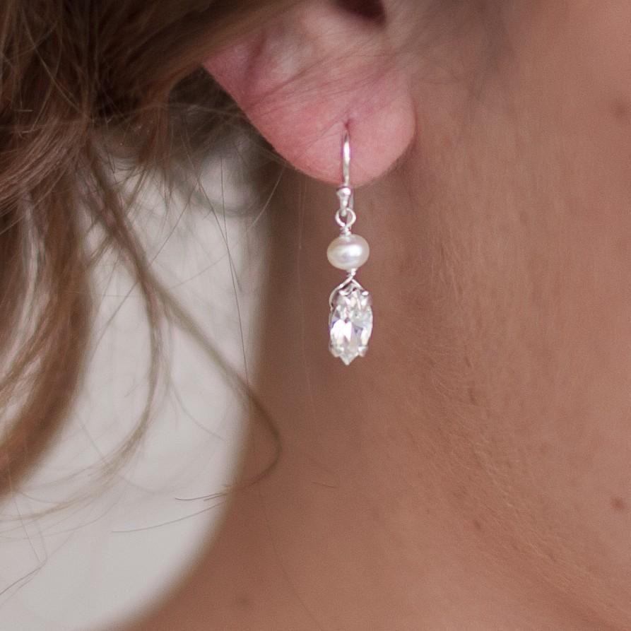 Vanessa Pearl Wedding Earrings